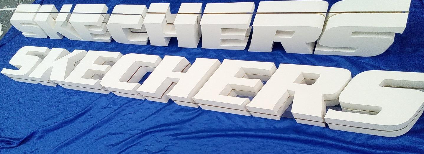 retail 3d lettering